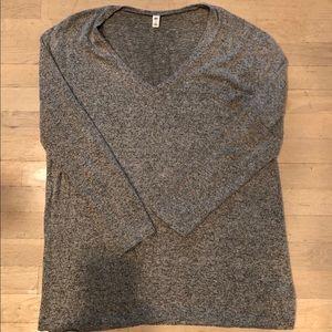 BP Tunic V Nevsky Heather Gray Sweater